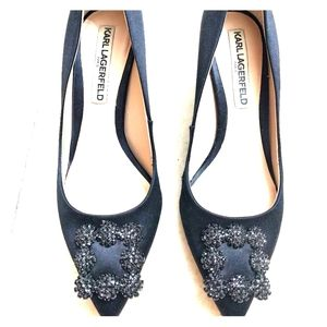 Karl Lagerfeld Black Satin chunky heel pumps